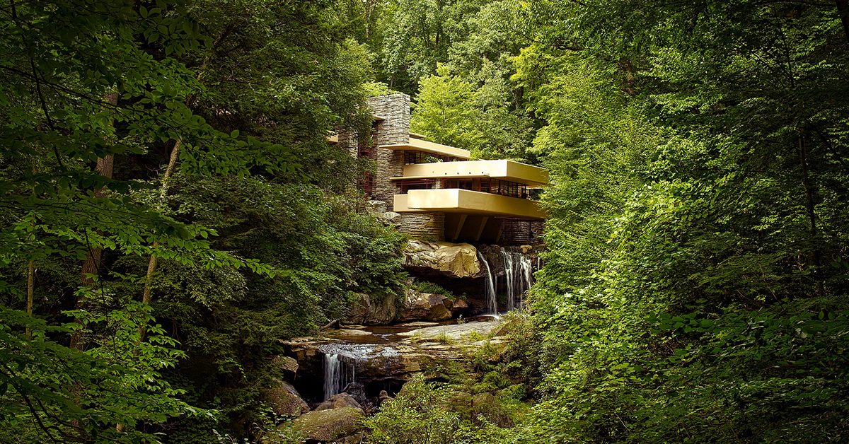 Falling water. Edgar Wright. Imponerande byggnadsverk.